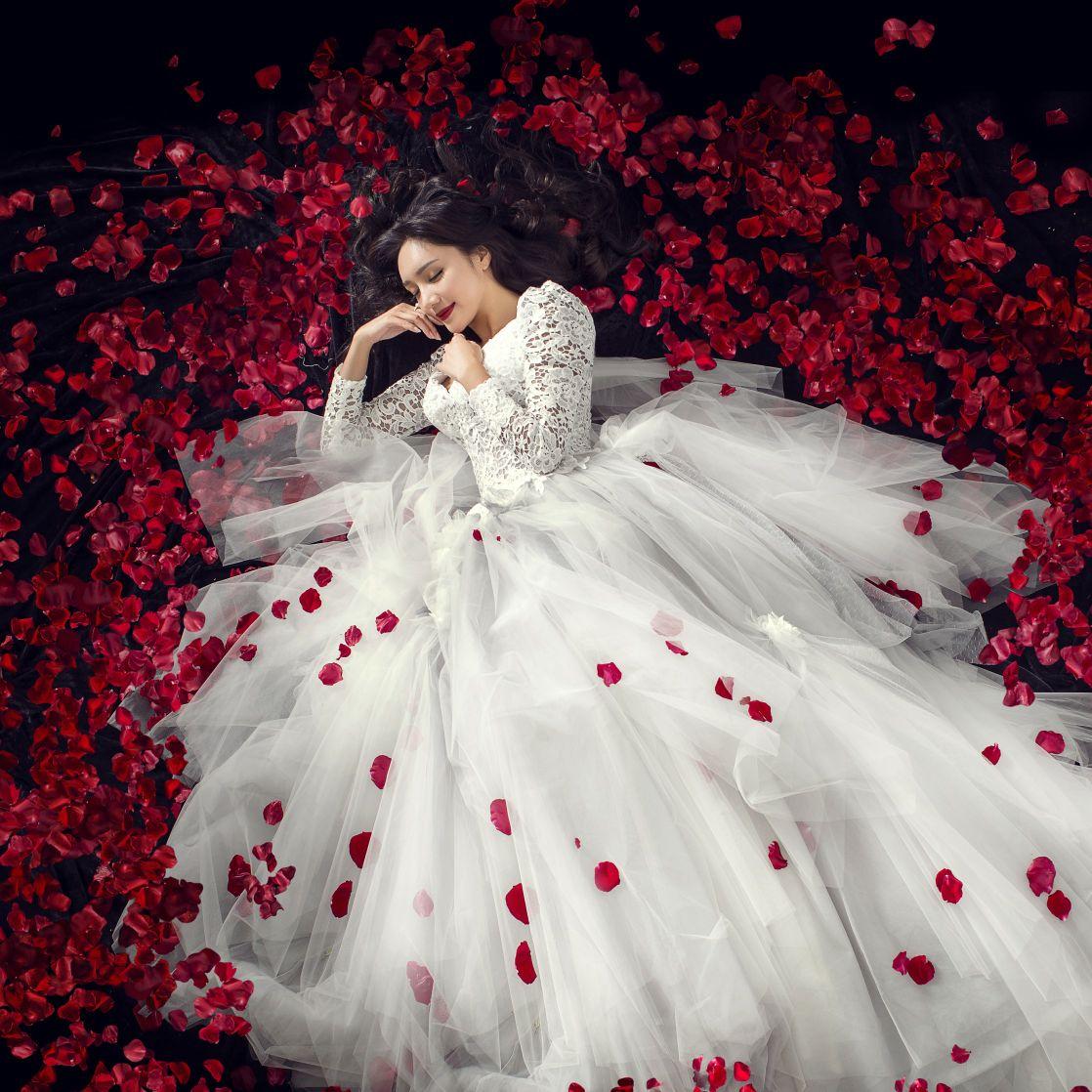爱唯一高端婚纱摄影